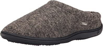 Acorn Men Digby Gore best men's slippers for sweaty feet